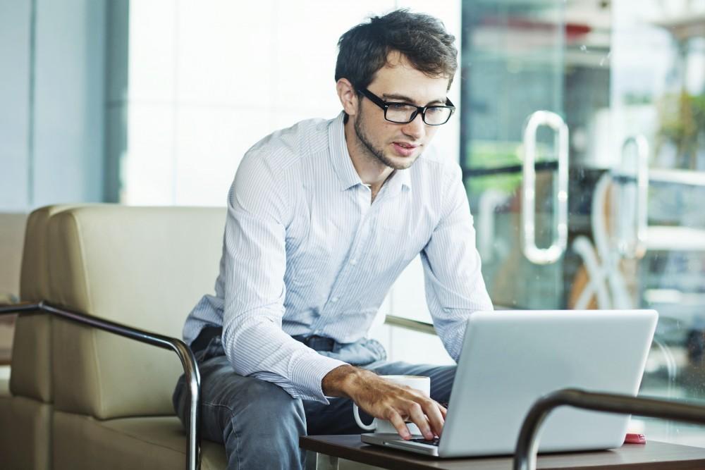 フリーランスが使うべきはパソコンはMac?それともWindows?