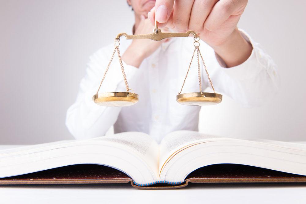 転売屋行為は違法?3分で分かる転売の法律的観点
