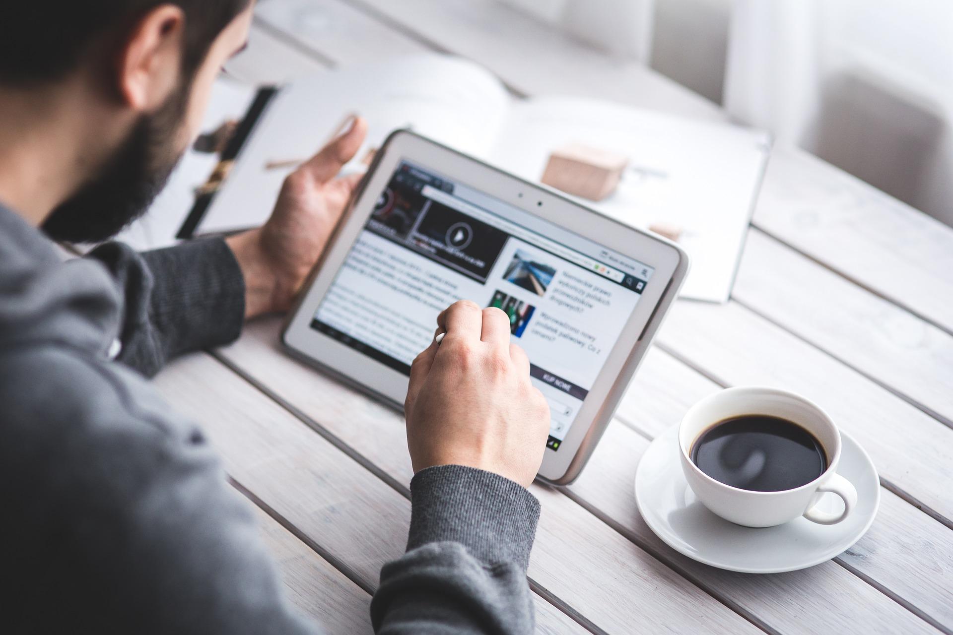 デジタルマーケティングって一体どんな手法?Webマーケティングとの違いから解説。