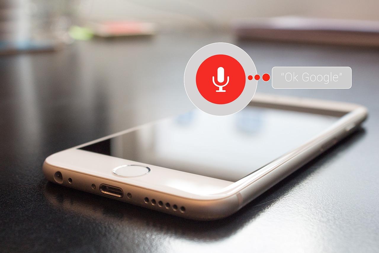 音声検索の対策をした方がいいジャンルが考えればわかる?SEO会社が発表した研究結果とは