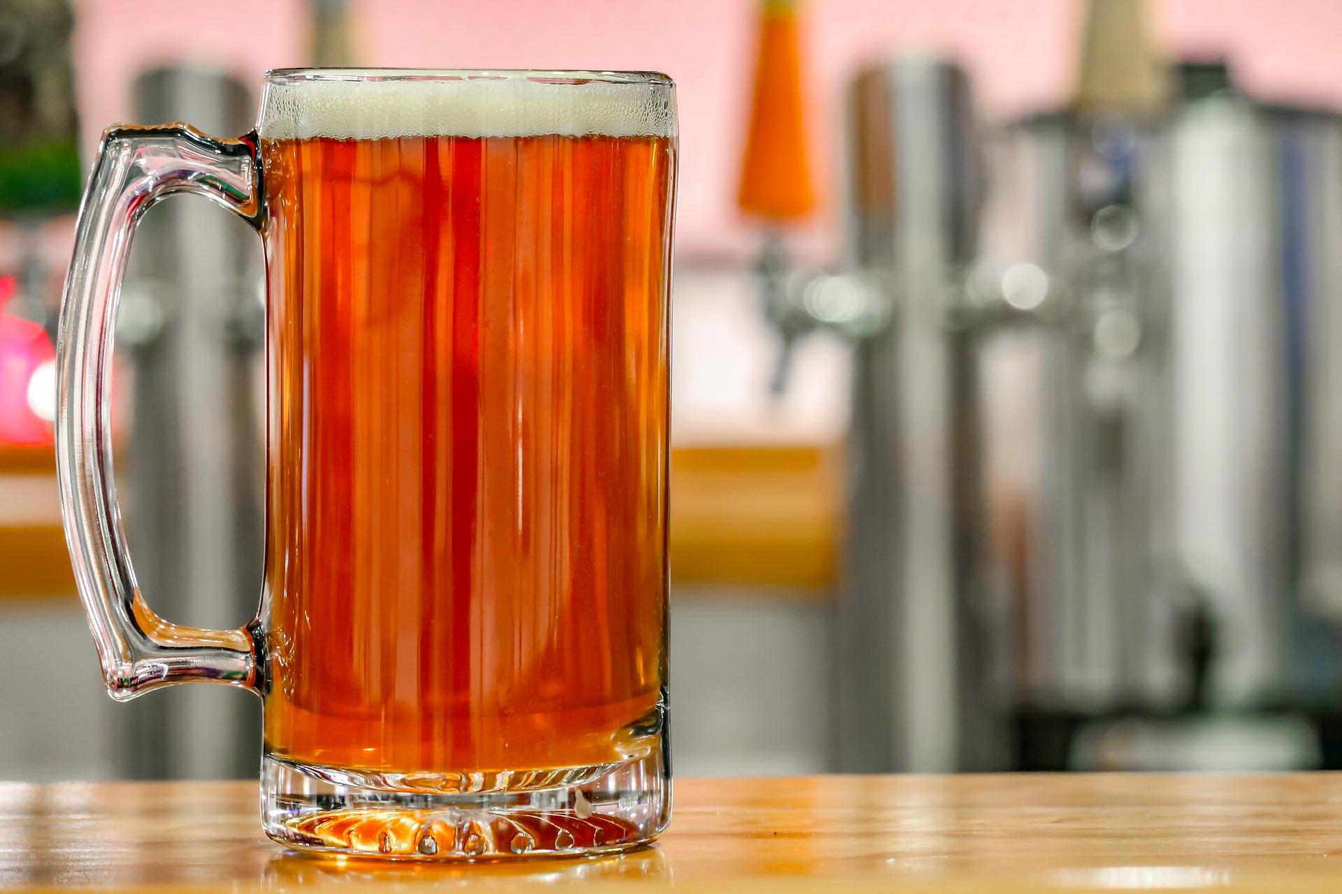 お酒 ビール アルコール