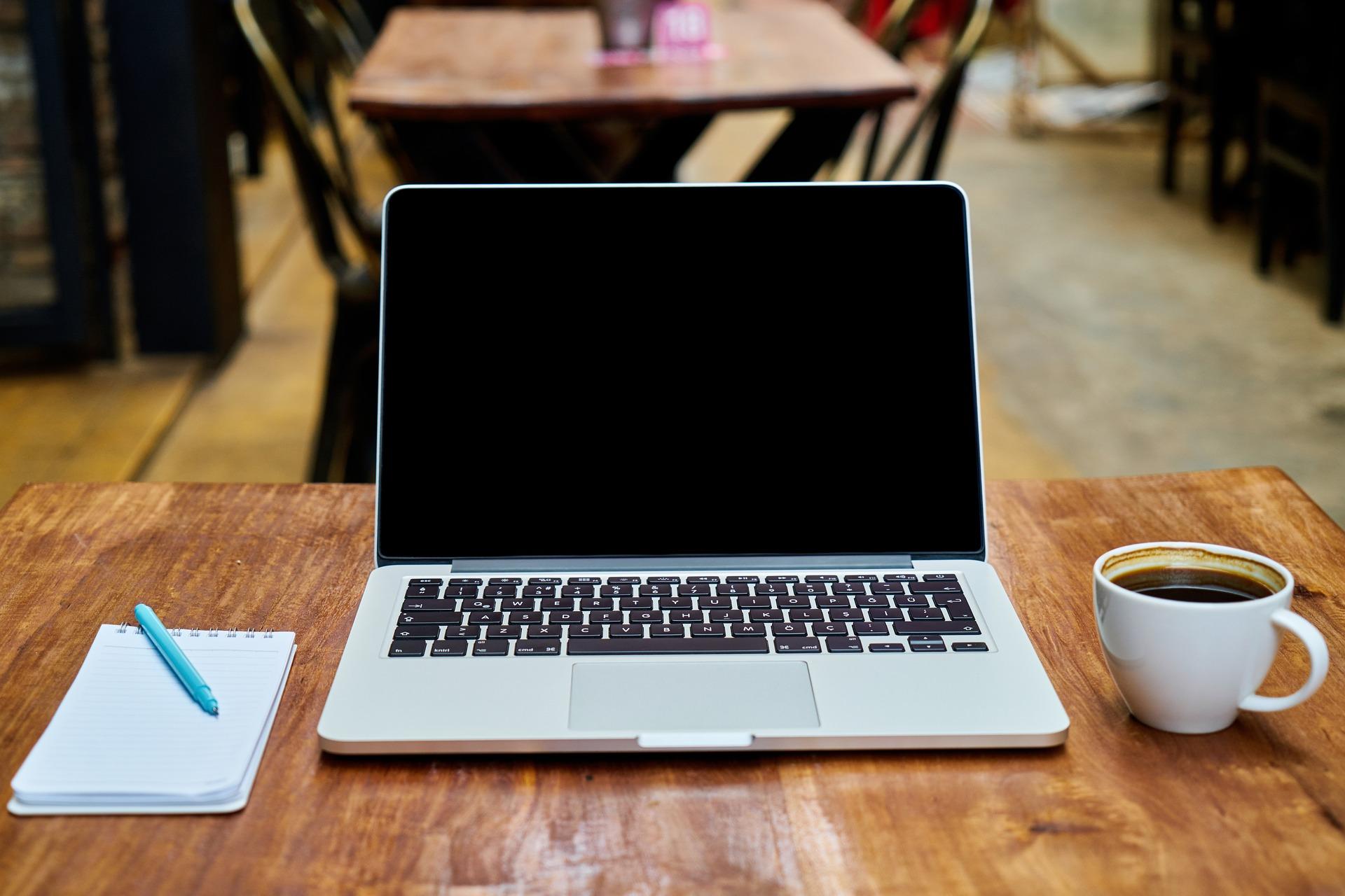 パソコン カフェ