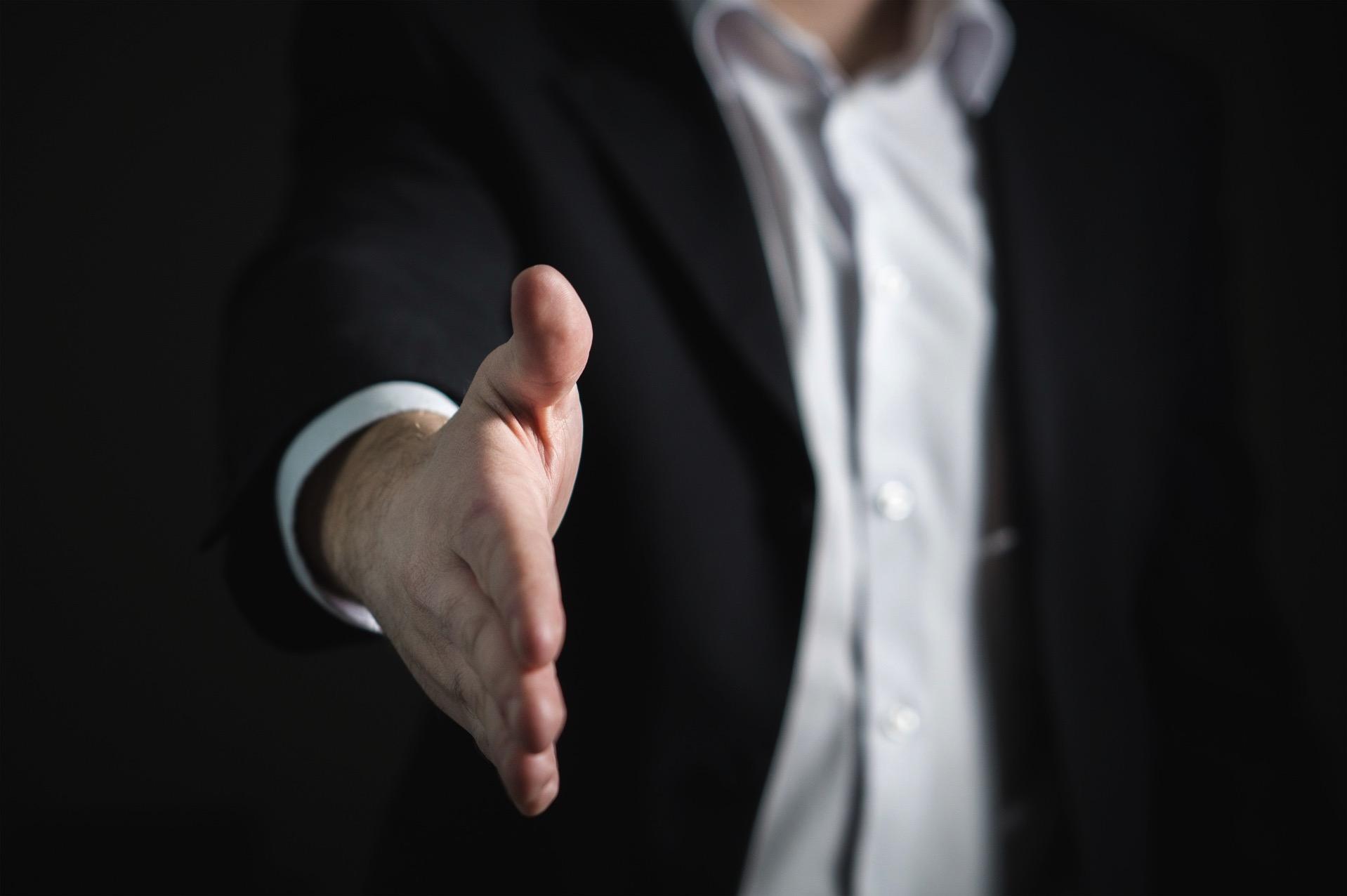 握手 売れる ビジネス