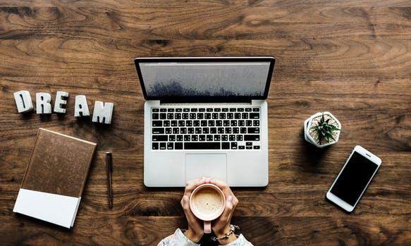 Webライターズバンクの仕事内容、応募条件、報酬を一挙に紹介!